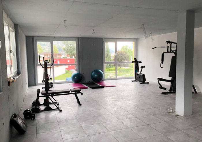 Smallville-sion-hotel-gym